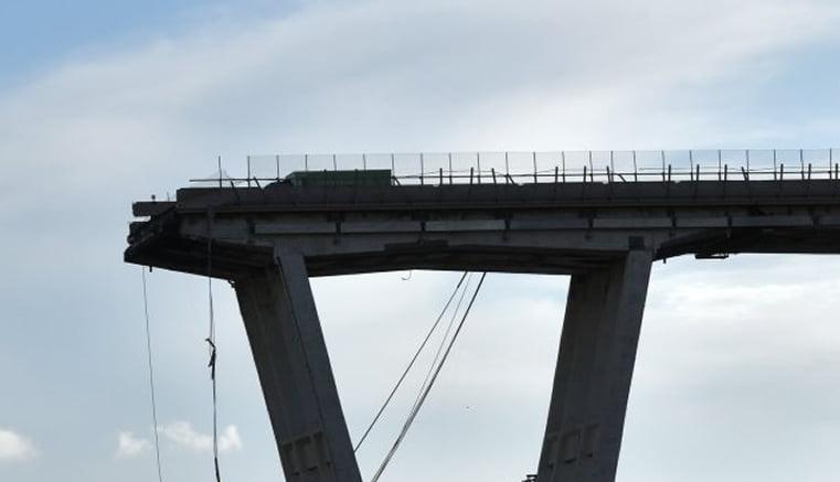 El derrumbe de un puente en Génova