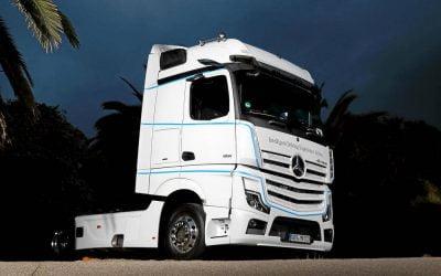 Nuevos camiones de Mercedes Benz