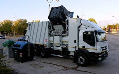 Camiones Recolectores de Basura, una sucia labor de limpieza