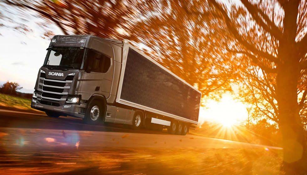 Camiones Scania con paneles solares ahorran 20% de combustible