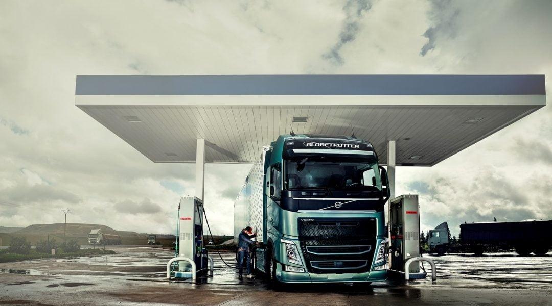 Guerra del precio del gasoil que arruina a miles de camioneros
