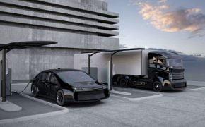 Tesla proyecta 2500 camiones eléctricos Semi en 2021